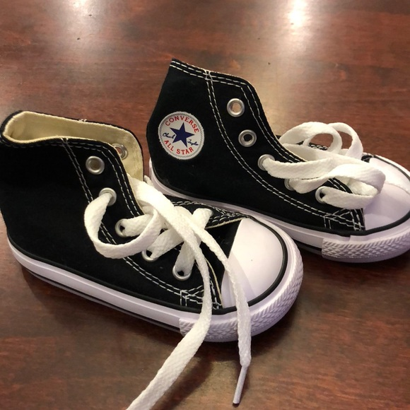 f9802f883d29 Converse Other - Kids Converse - size 5 - black
